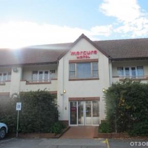 Отель Mercure Canberra