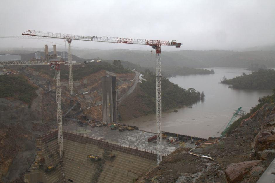 building new dam