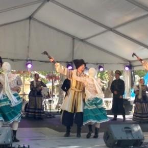 Русские казаки на фестивале в Канберре