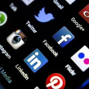 Социальные сети: увлекательно, но  небезопасно
