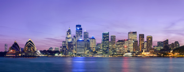 Sydney_skyline_at_dusk