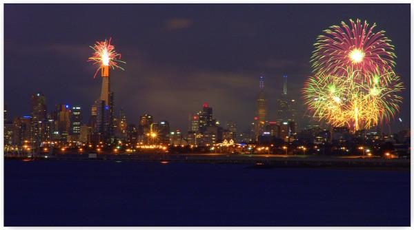 australia-day-melbourne-fireworks