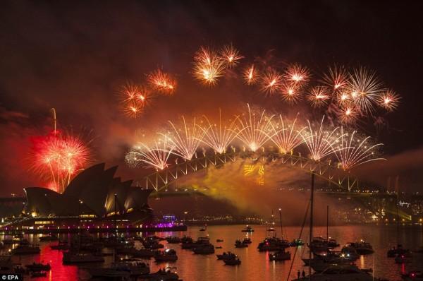 fireworks-australia-day-sydney