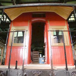 Волонтёры в Голбурне восстанавливают поезда