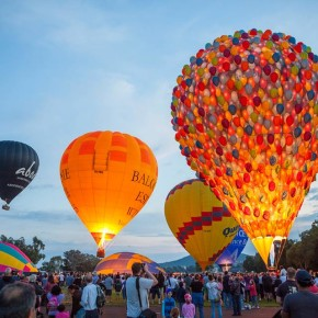 Воздушные шары над Канберрой