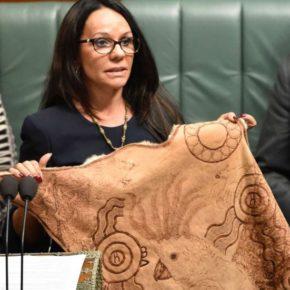 Первая аборигенка в парламенте Австралии
